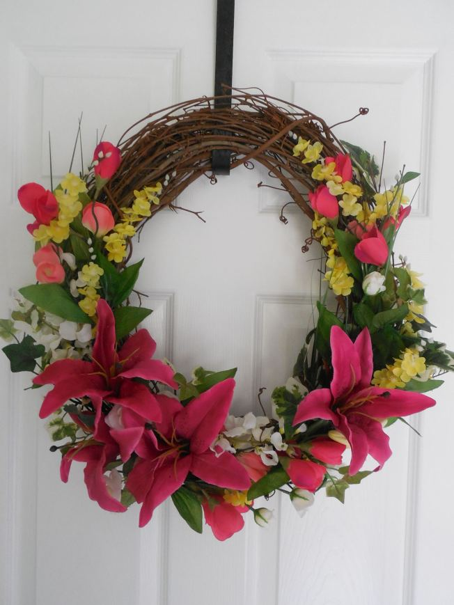 Decorated Grapevine Wreath