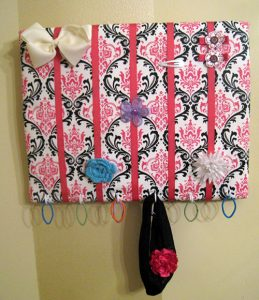 Hair Bow Holder DIY