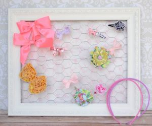 Hair Bow Holder with Chicken Wire