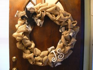 How to Make a Burlap Bubble Wreath