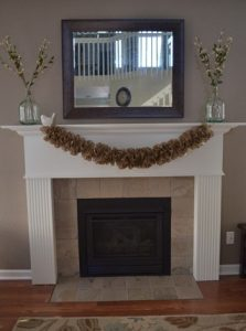 How to Make a Ruffled Burlap Garland