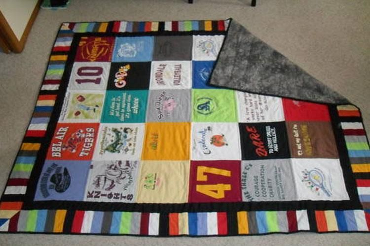 how to make a tshirt quilt  19 diy tutorials