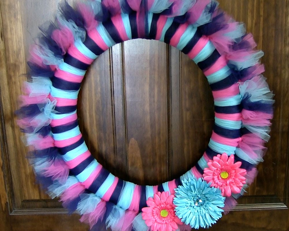 how to make a tulle wreath 21 tutorials guide patterns
