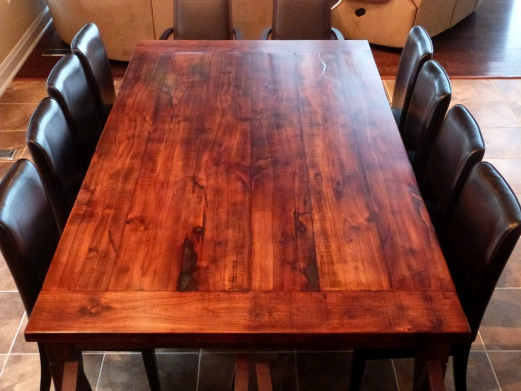 How to build a dining room table 13 diy plans guide for Reclaimed wood table designs