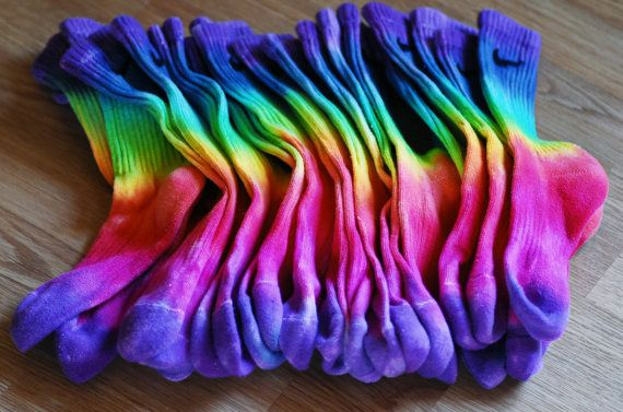 b2d34a399 How to Tie Dye Socks in 14 Unique Ways | Guide Patterns