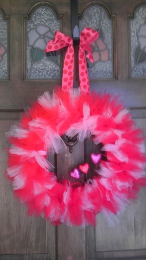 Easter Wreath: How To Make A Tulle Wreath: 21 Tutorials