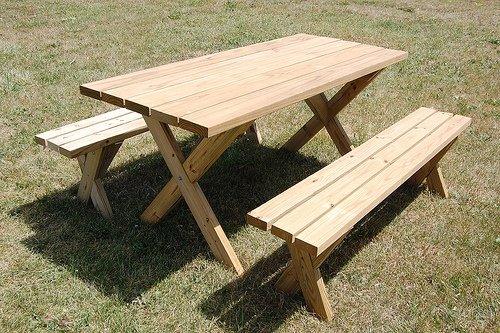 21 wooden picnic tables plans and instructions guide patterns. Black Bedroom Furniture Sets. Home Design Ideas