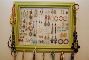 DIY Hanging Jewelry Holder