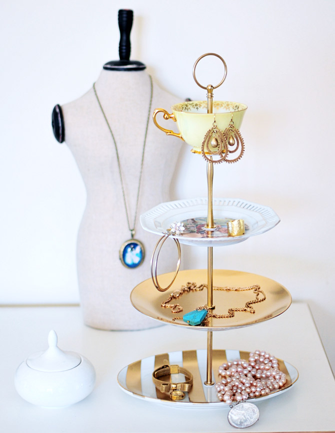 DIY Jewelry Holder Stand & 25 Cool DIY Ideas for Making a Jewelry Holder | Guide Patterns