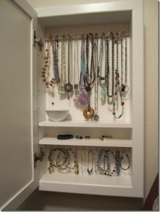 DIY Mirror Jewelry Holder