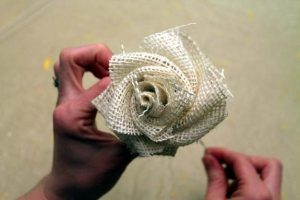 How to Make Easy Burlap Flower
