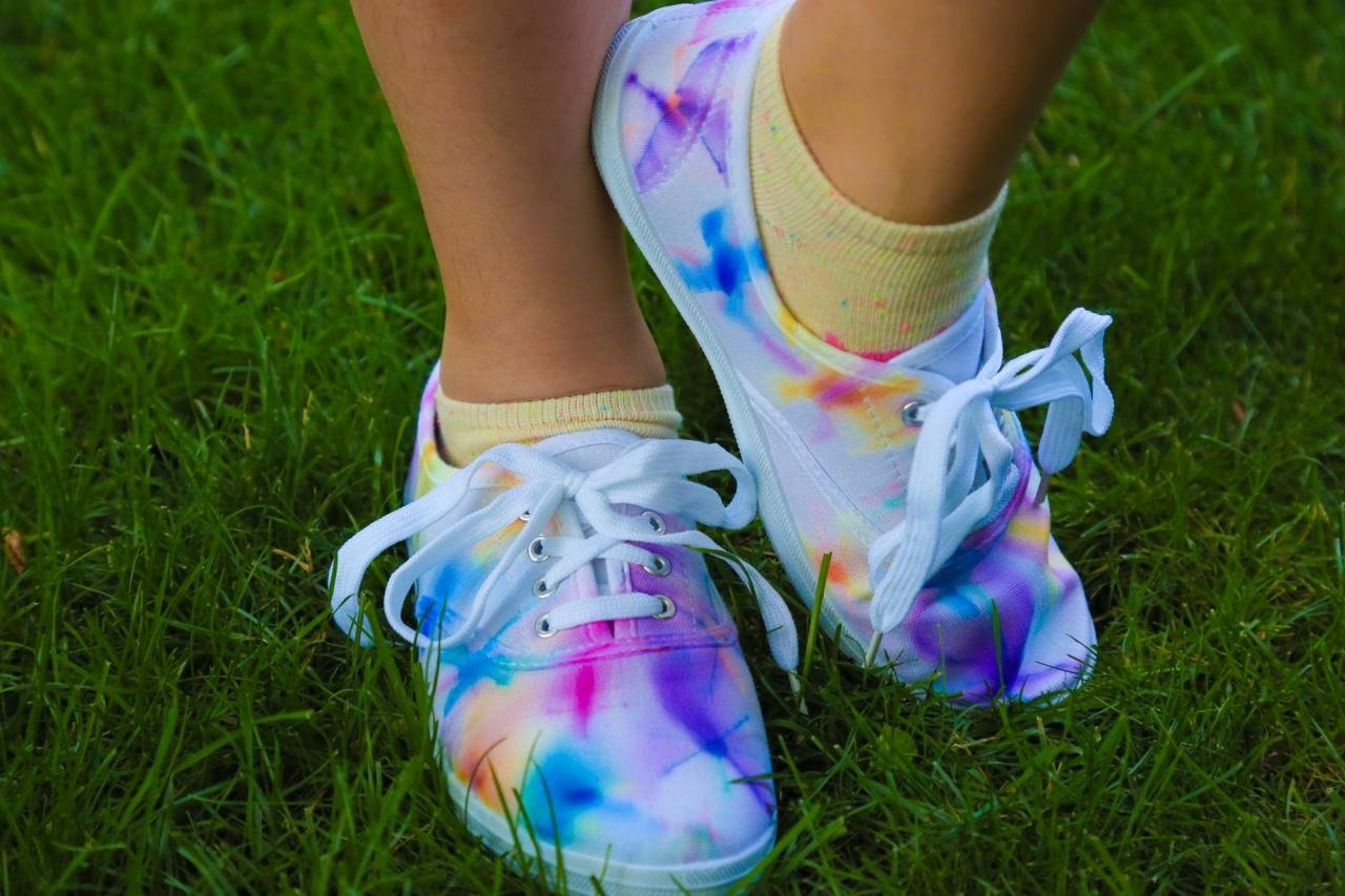 tie dye shoes instructions