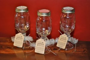 Mason Jar Wine Glasses for Weddings