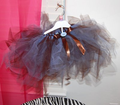 How to make a no sew tutu 32 diys guide patterns no sew tutu instructions solutioingenieria Images
