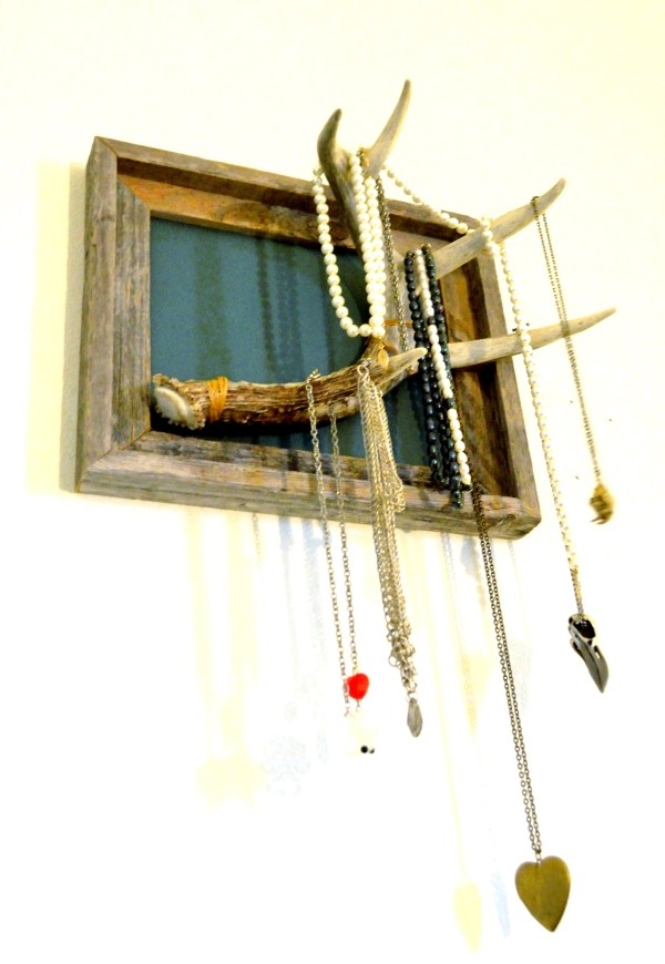 25 Cool DIY Ideas for Making a Jewelry Holder