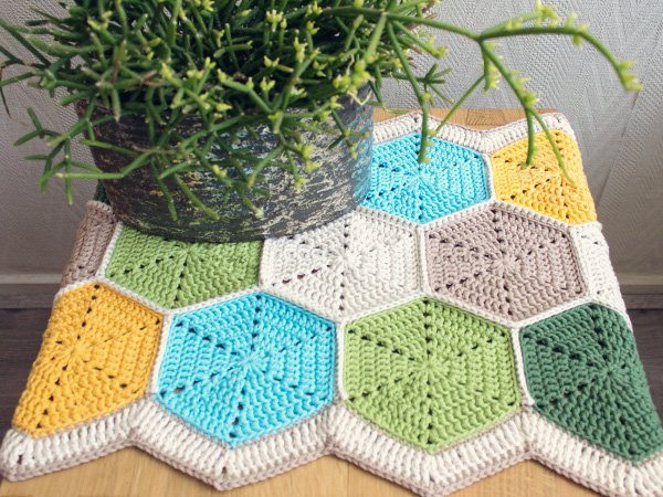 Crochet Patterns Table Runner : 32 Free Crochet Table Runner Patterns Guide Patterns