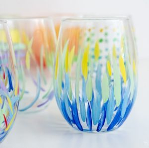 How to Hand Paint On Wine Glass