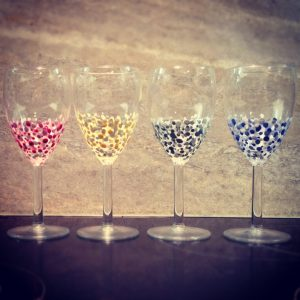 diy wine glass painting designs hand painted wine glasses diy ideas - Wine Glass Design Ideas
