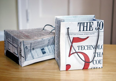 19 DIY Newspaper Bags | Guide Patterns
