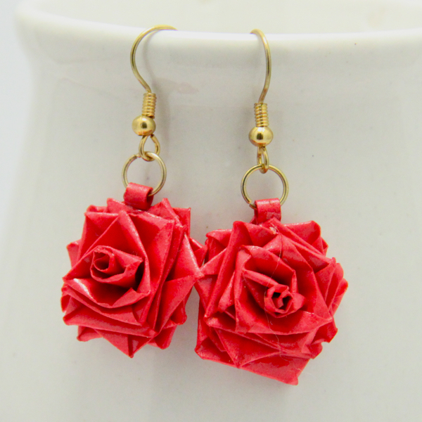 Quilling Earrings Rose Tutorial