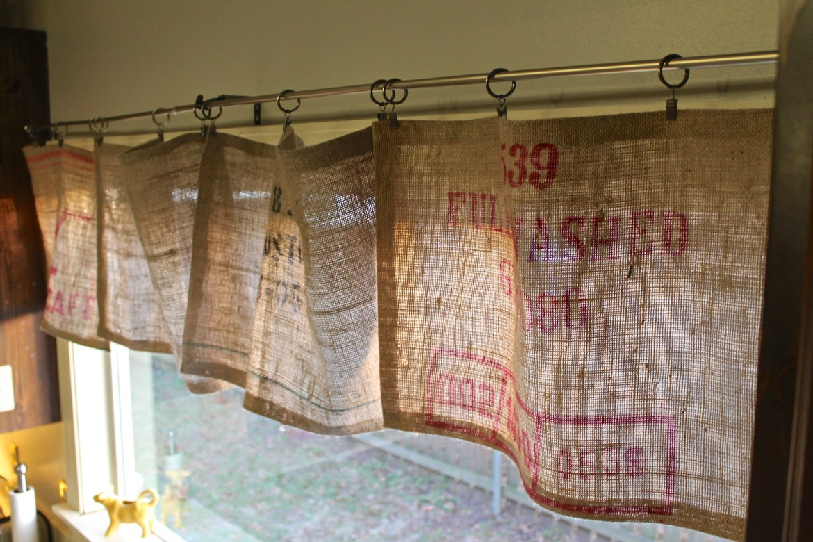 Burlap Valance 16 Unique DIY Patterns