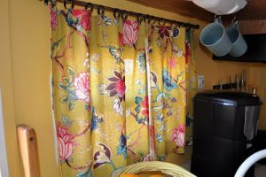 No-Sew Curtain for RV
