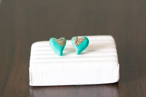 how to make stud earrings at home