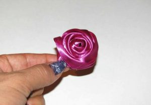 Ribbon Rose Bud