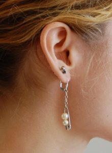Safety Pin Earring DIY