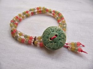 Button Bead Bracelet