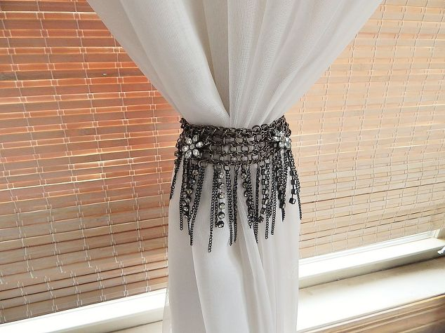 Curtain Tie Back Idea