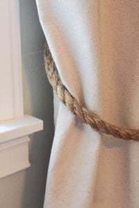 Curtain's Tie Back