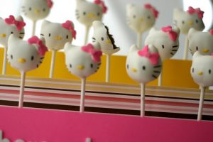 Hello Kitty Cake Pop Stand