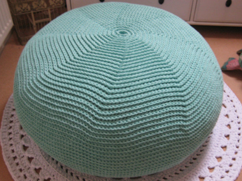 Knitted Ribbing Patterns : 18 Knit Pouf Patterns Guide Patterns