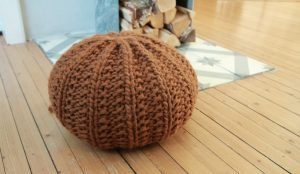 Knitted Round Pouf