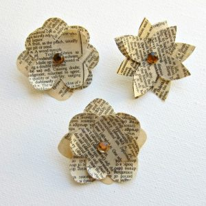 Newspaper Flowers DIY