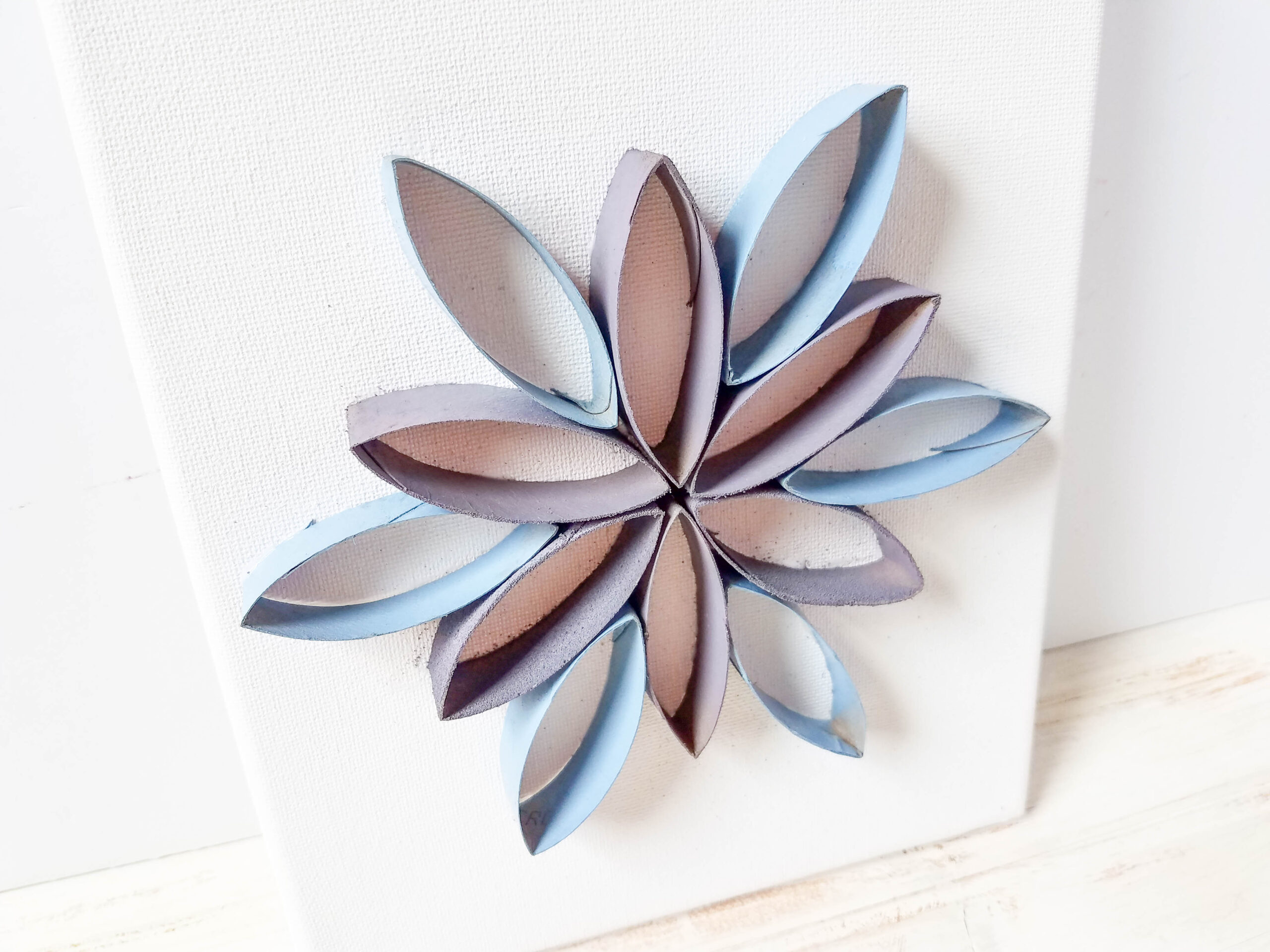 14 toilet paper roll flowers craft ideas guide patterns toilet paper roll flower mightylinksfo