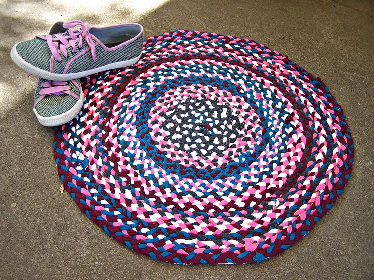 56 T-Shirt Rug DIY Tutorials | Guide