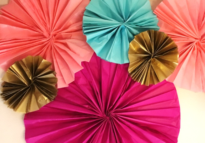 Paper Fans: 35 How To's | Guide Patterns