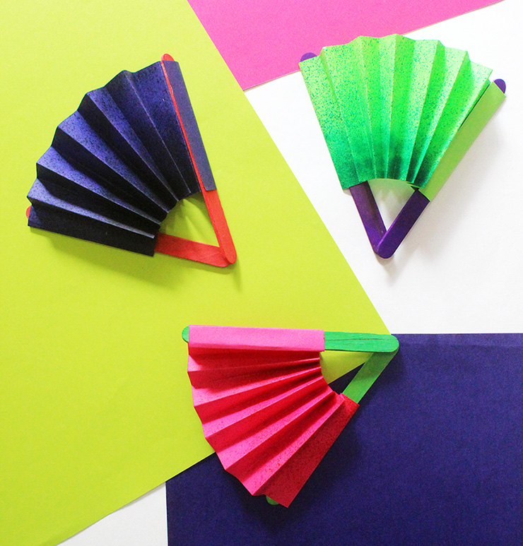 Paper Fans: 35 How To\'s | Guide Patterns