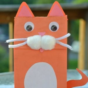 Easy Paper Bag Puppet