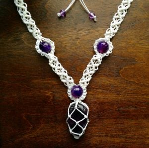 How to Make Macramé Necklace