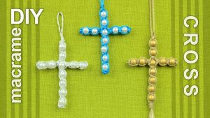 Macramé Cross Necklace
