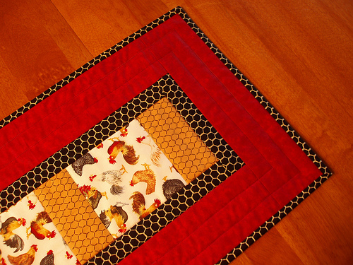 28 Free Quilted Table Runners Pattern | Guide Patterns : free easy table runner quilt patterns - Adamdwight.com