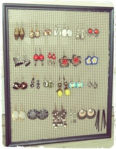 Wire Mesh Earring Holder
