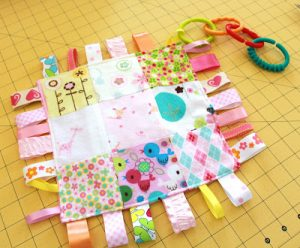 How to Make a Tag Blanket for Baby