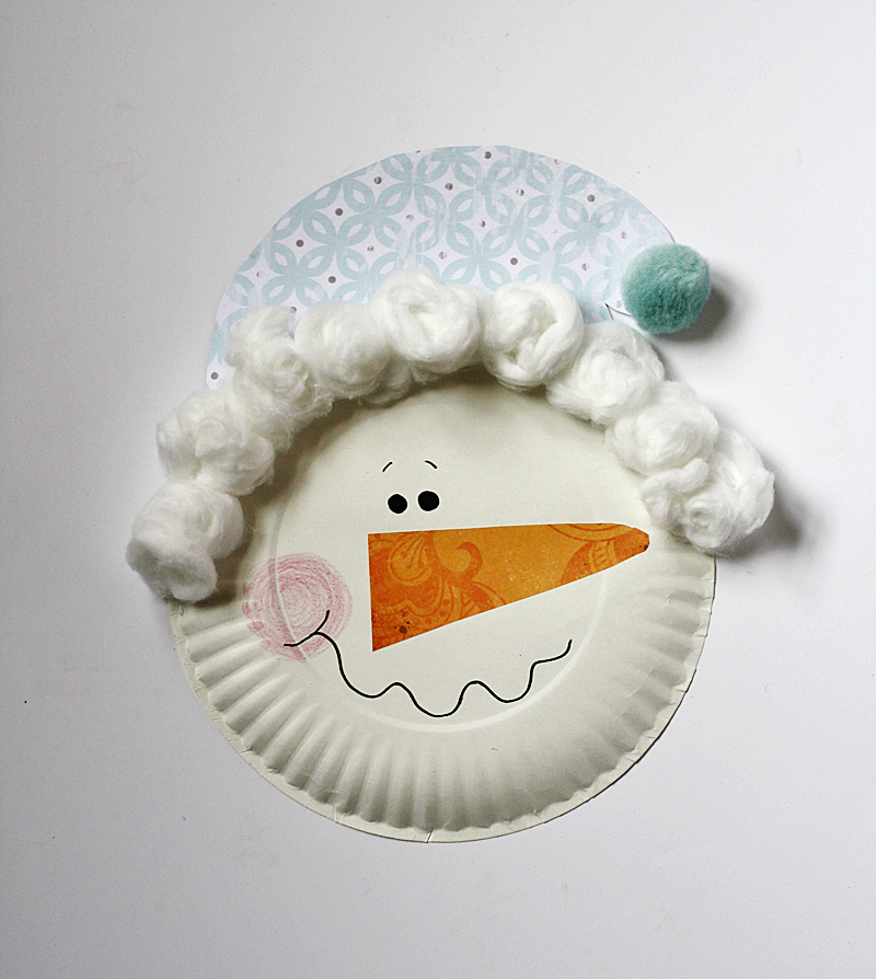paper snowman This paper plate snowman is a fun craft for winter made with simple materials found around the house.