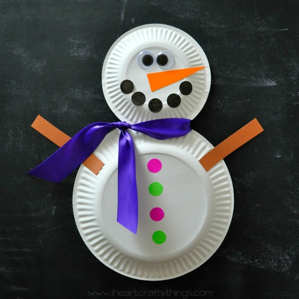 21 easy paper plate snowman ideas for your kids guide for Christmas crafts made out of paper plates