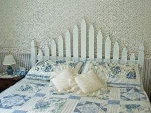 Picket Fence Headboard Twin