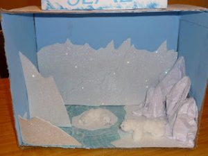 Shoebox Diorama Polar Bear
